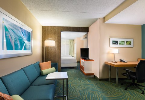 SpringHill Suites by Marriott Austin South - Double Double Suite - Living Area
