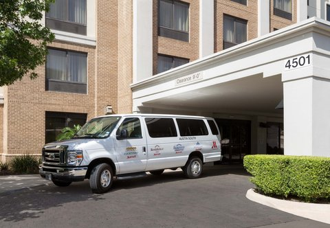 SpringHill Suites by Marriott Austin South - Shuttle Service