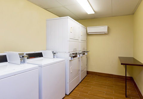 SpringHill Suites by Marriott Austin South - Guest Laundry