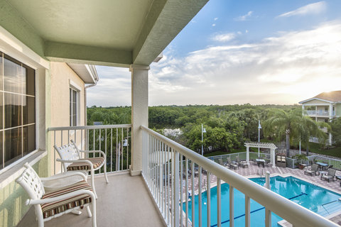 DoubleTree Suites by Hilton Naples - DoubleTree Naples - Balcony View