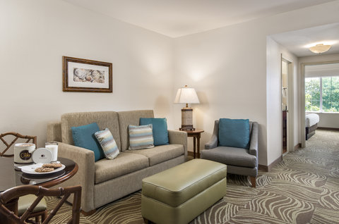 DoubleTree Suites by Hilton Naples - DoubleTree Naples - Deluxe King or Double