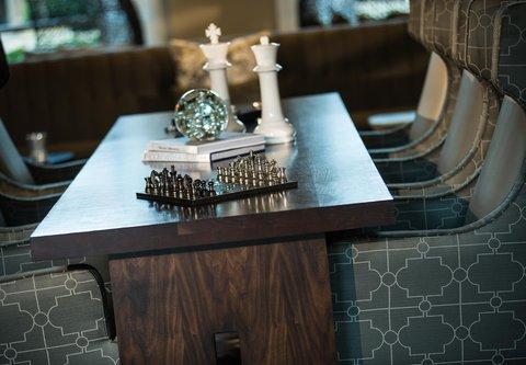 Renaissance Tampa International Plaza Hotel - Lobby Details