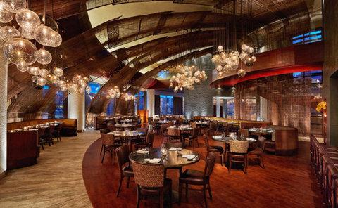 فندق فور سيزن  - Nobu Main Dining