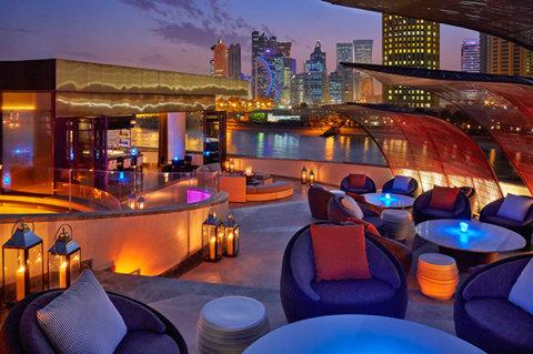 فندق فور سيزن  - Rooftop Bar