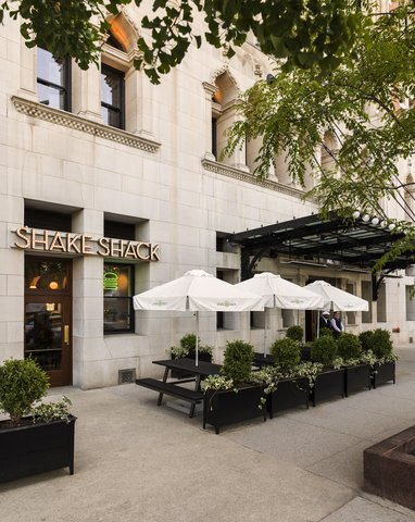 Chicago Athletic Association - Chicago Shake Shack