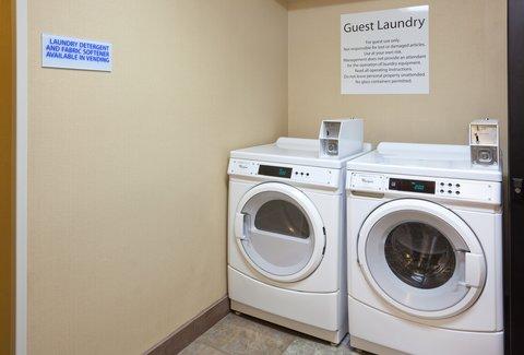 Holiday Inn Express CEDAR RAPIDS (COLLINS RD) - Guest Laundry