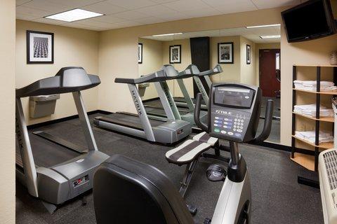 Holiday Inn Express & Suites ABERDEEN - Fitness Center