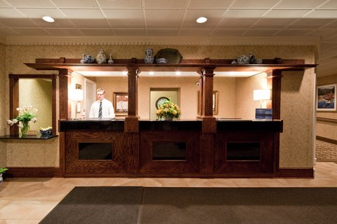 Holiday Inn Cleveland-Mayfield Hotel - Front Desk