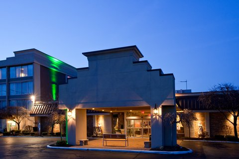 Holiday Inn Cleveland-Mayfield Hotel - Hotel Exterior