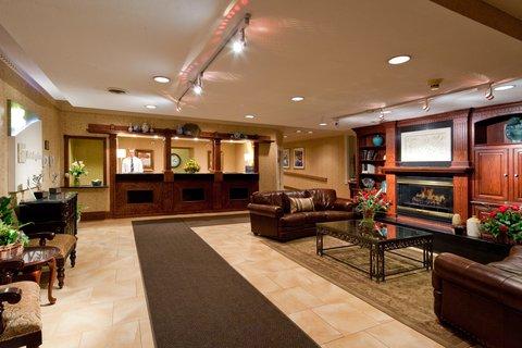 Holiday Inn Cleveland-Mayfield Hotel - Hotel Lobby