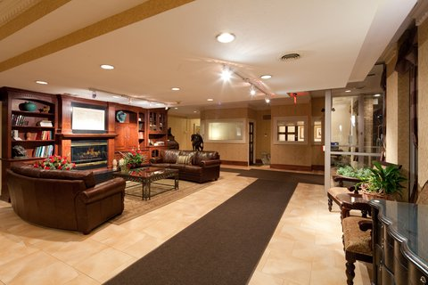 Holiday Inn Cleveland-Mayfield Hotel - Lobby