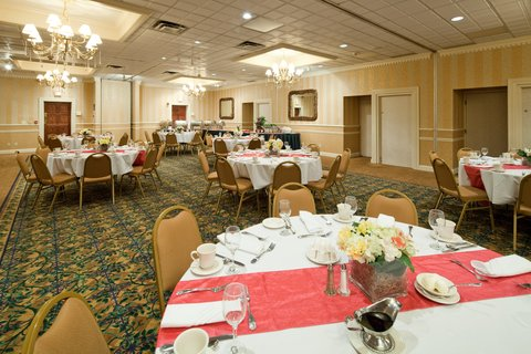 Holiday Inn Cleveland-Mayfield Hotel - Ballroom