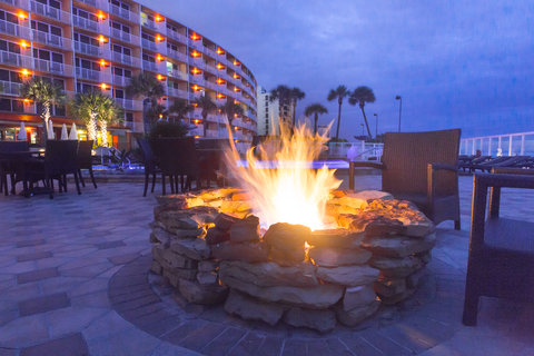 Holiday Inn Resort DAYTONA BEACH OCEANFRONT - Unwind by our two oceanfront fire pits