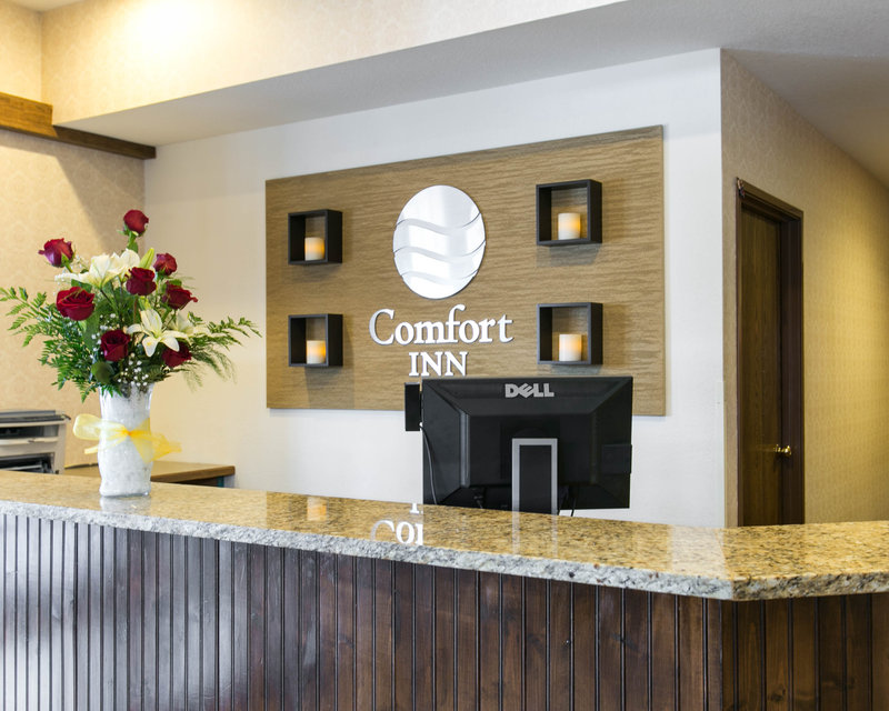 Comfort Inn-Marshall Station