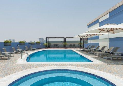 Coral Dubai Deira Hotel - Rooftop Pool