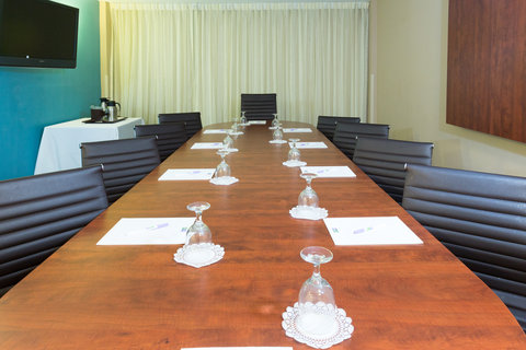 Holiday Inn Resort DAYTONA BEACH OCEANFRONT - Our Executive Boardroom is the perfect location for small meetings