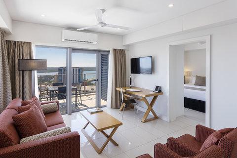 Elan Soho Suites - Elan Darwin Bed Living
