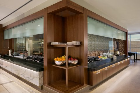 Embassy Suites Chicago - Downtown - Breakfast Area