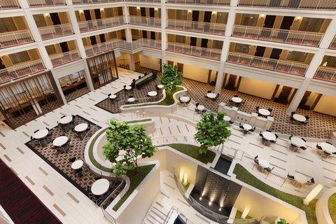 Embassy Suites Chicago - Downtown - Atrium View