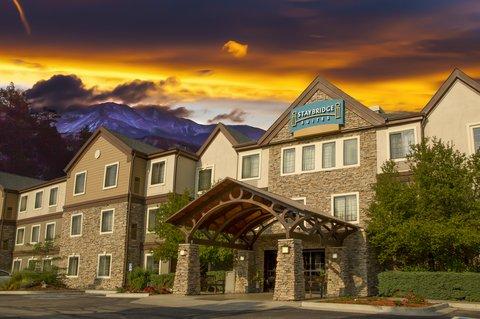 Staybridge Suites CO SPRINGS-AIR FORCE ACADEMY - Staybridge Suites Colorado Springs Hotel Exterior