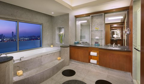 The Nile Ritz-Carlton, Cairo - Royal Suite Bathroom