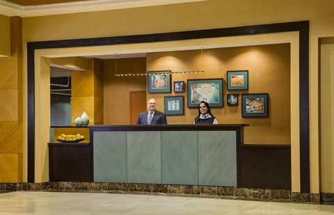 DoubleTree by Hilton Chicago - Arlington Heights - Front Desk