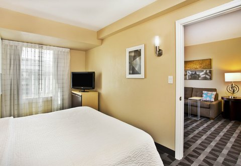 TownePlace Suites Republic Airport Long Island/Farmingdale - Two-Bedroom Suite