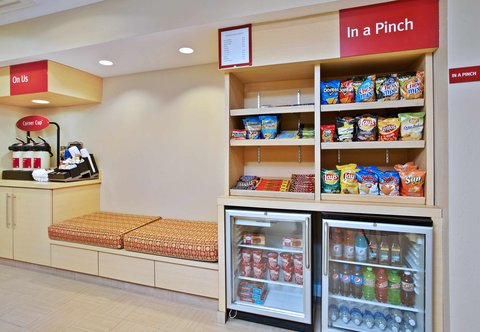 TownePlace Suites Republic Airport Long Island/Farmingdale - In-A-Pinch Market