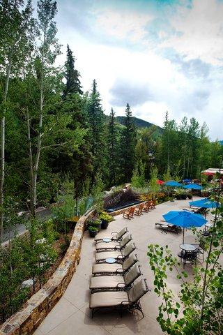 Vail Cascade Resort and Spa - Vail Cascade Exterior Summer Back Deck