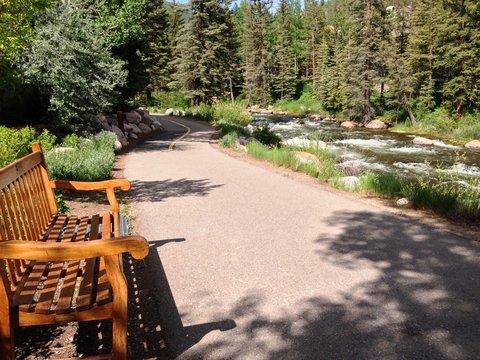 Vail Cascade Resort and Spa - Vail Cascade Exterior Summer Bike Path