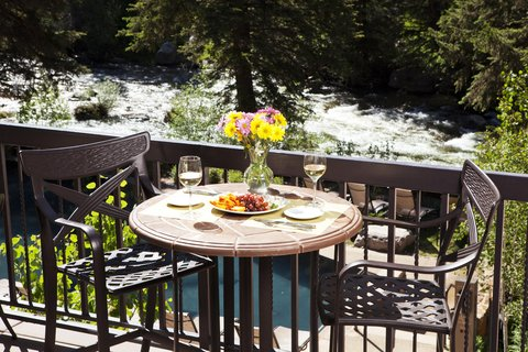 Vail Cascade Resort and Spa - Vail Cascade Dining Atwater Deck