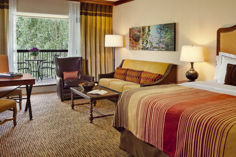 Vail Cascade Resort and Spa - Vail Cascade Hotel Guest Room Alpine Prefered
