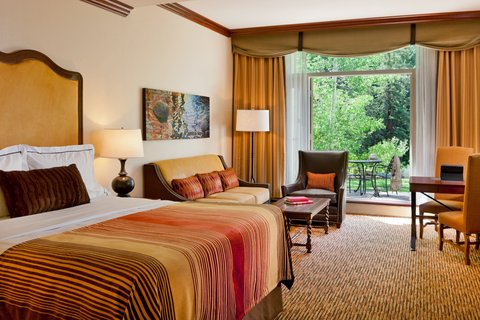 Vail Cascade Resort and Spa - Vail Cascade Hotel Guest Room Creekside Preferred
