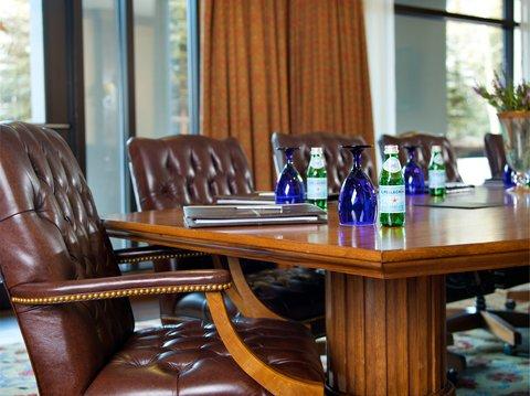 Vail Cascade Resort and Spa - Vail Cascade Meeting Aspen Boardroom