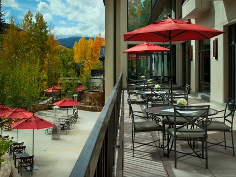 Vail Cascade Resort and Spa - Vail Cascade Exterior Creekside Deck