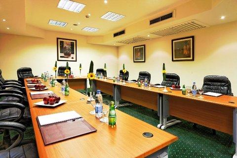 Moevenpick Resort Cairo-Pyramids - Meeting Room