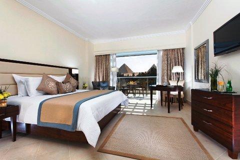 Moevenpick Resort Cairo-Pyramids - Deluxe Room