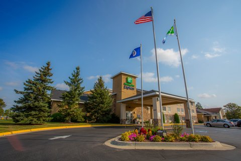 Holiday Inn Express BEMIDJI - Welcome to the Holiday Inn Express in Bemidji  MN