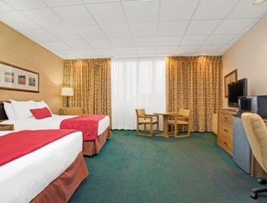 Ramada Mall of America - 2 Queen Bed Room