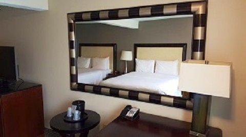 Roosevelt Hotel Williston - Roommirrorresize