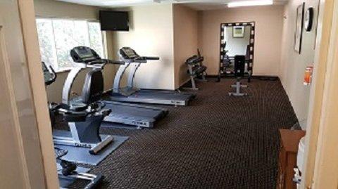 Roosevelt Hotel Williston - Fitnesscenterresize