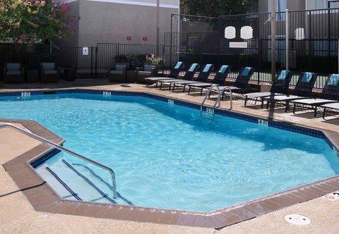 Residence Inn Dallas Market Center - Outdoor Pool