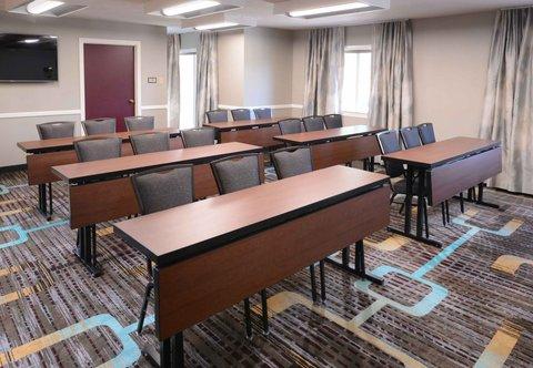 Residence Inn Dallas Market Center - Meeting Room - Classroom Setup