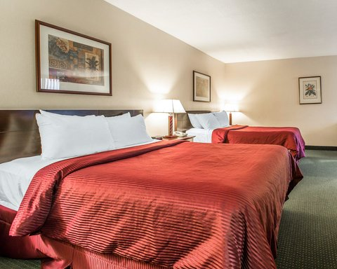 Clarion Hotel Bakersfield - CASNQQ