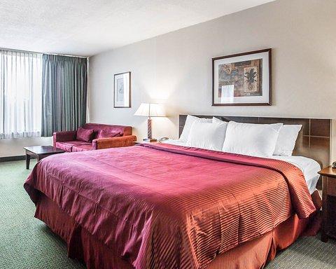 Clarion Hotel Bakersfield - CASNK