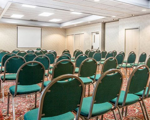 Clarion Hotel Bakersfield - CAMEETING