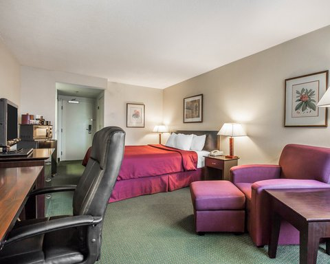 Clarion Hotel Bakersfield - CANK