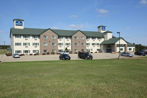 Boarders Inn & Suites - Exterior