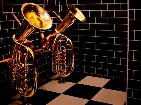 Bell In Ticehurst Hotel - Bathroom