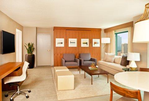 Sheraton Grand Chicago Hotel - Ogden Suite